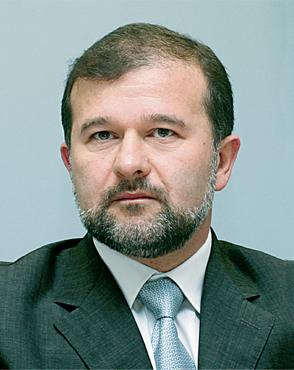В. Балога